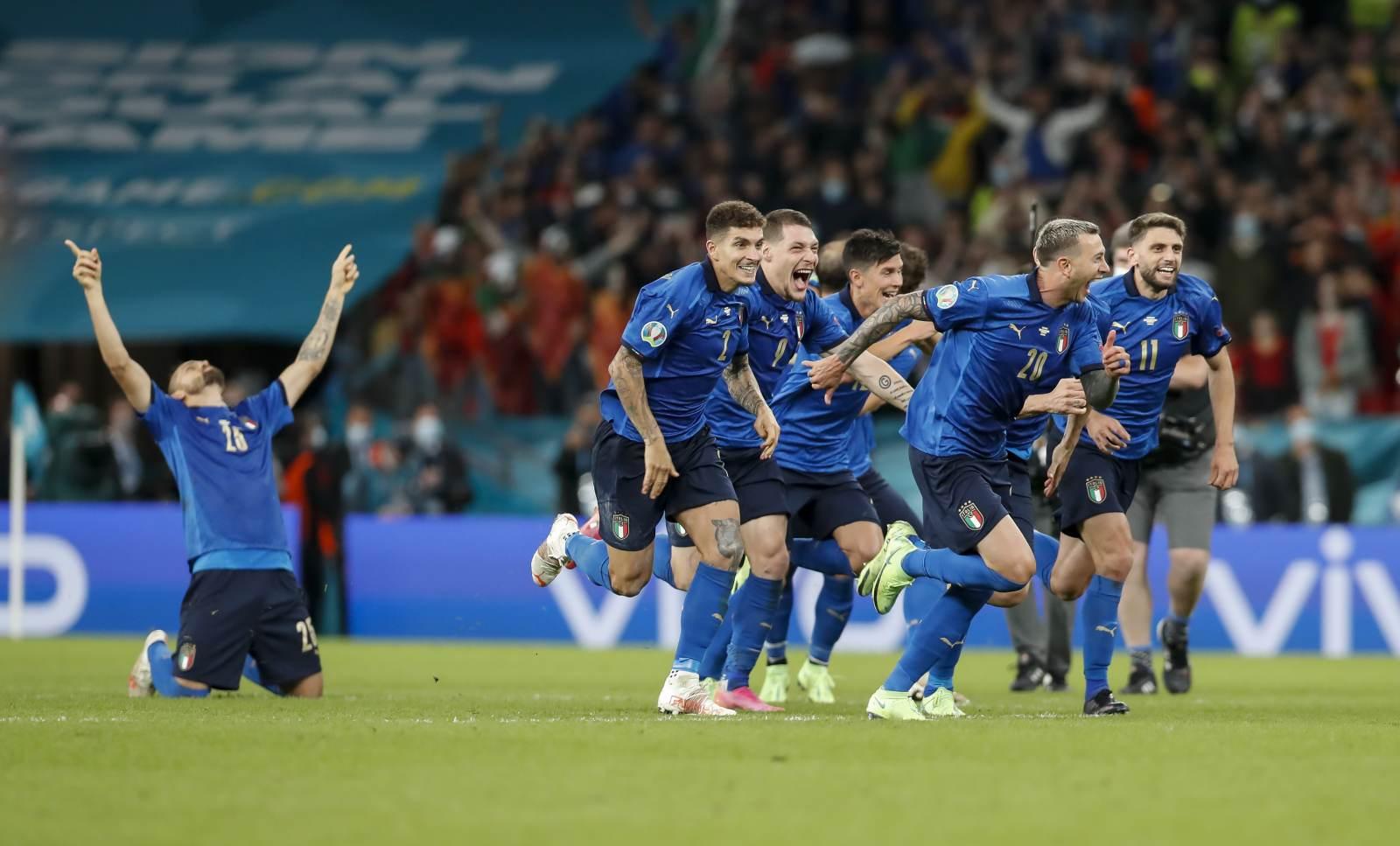 Себастьян Фрей: «Италию не должна сломить атмосфера стадиона. У команды есть все шансы победить»