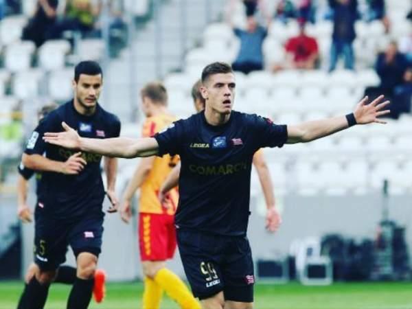 «Милан» отказал «Атлетико» и «Тоттенхэму» в аренде Пёнтека
