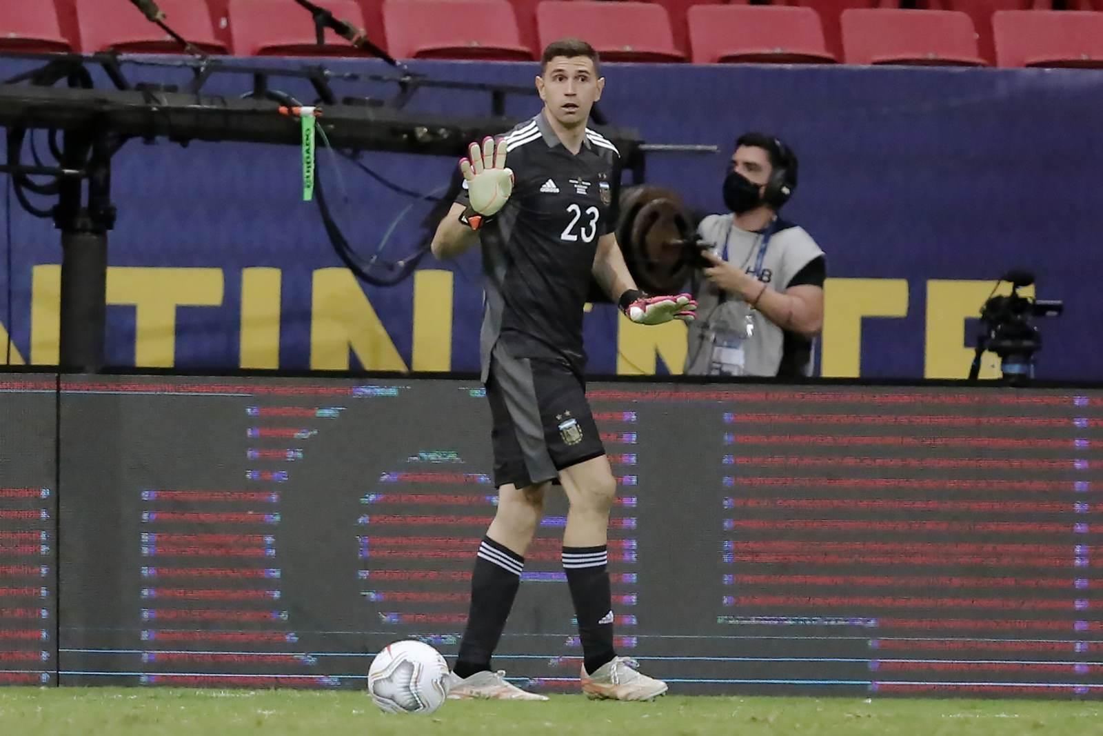 Бразилия рискует получить техническое поражение в матче с Аргентиной