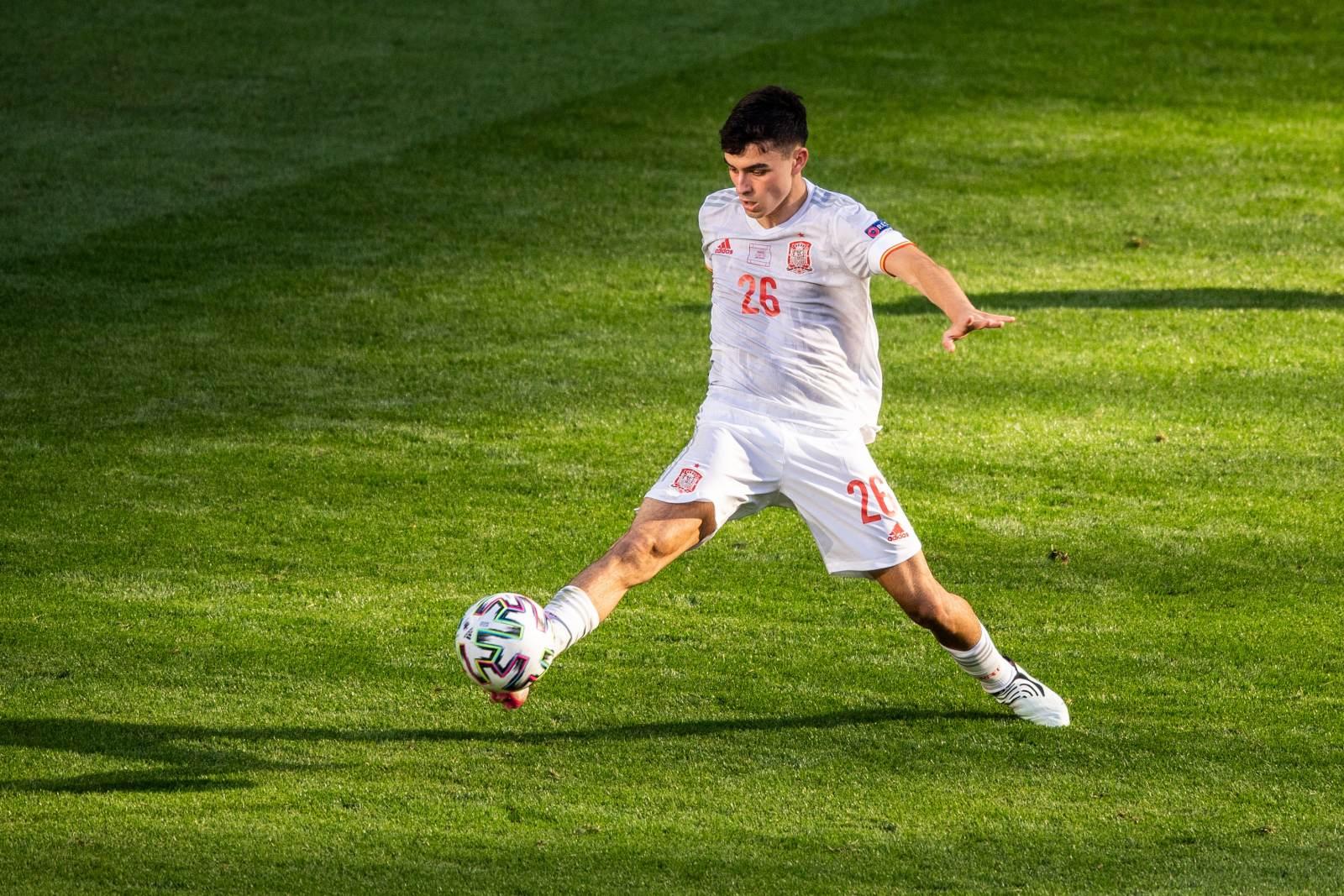 Педри - лучший молодой игрок Евро-2020