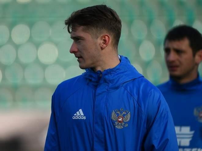 Алексей Миранчук пропустит три недели и не поможет сборной России