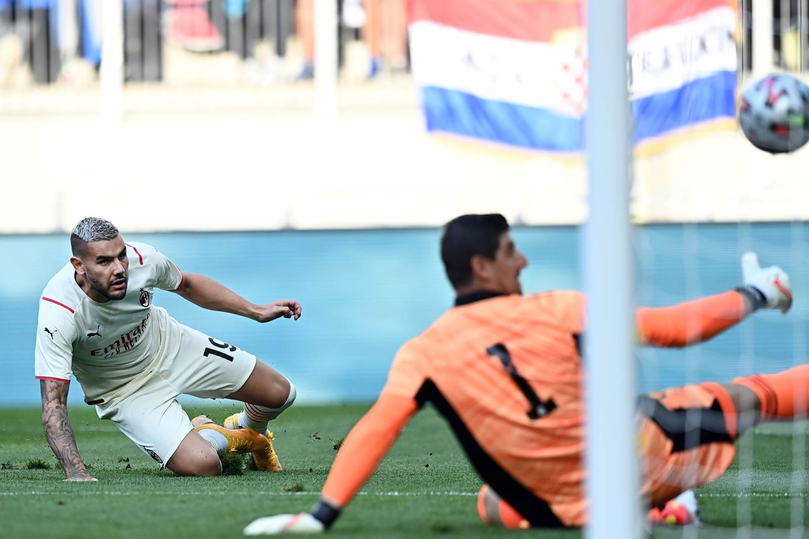 Тео Эрнандес прокомментировал камбэк в матче с Бельгией