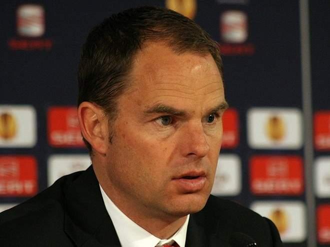 Де Бур возглавил сборную Голландии