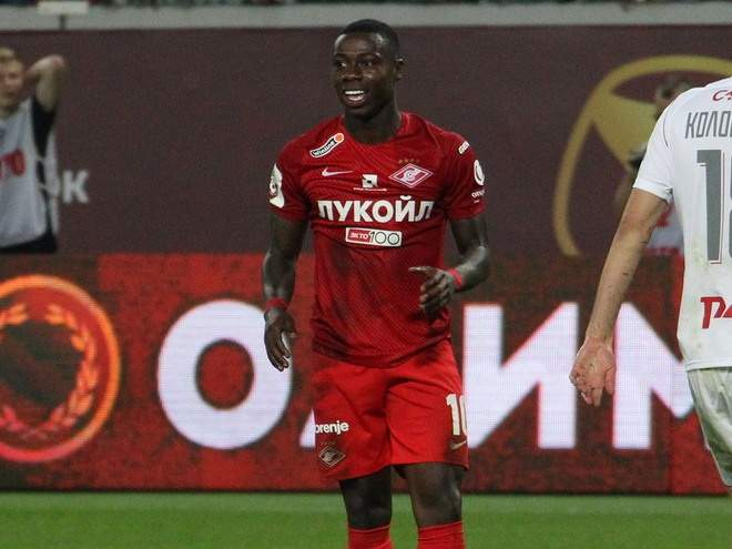 «Спартак» пропустил на первой минуте, но победил «Наполи» в матче с двумя удалениями
