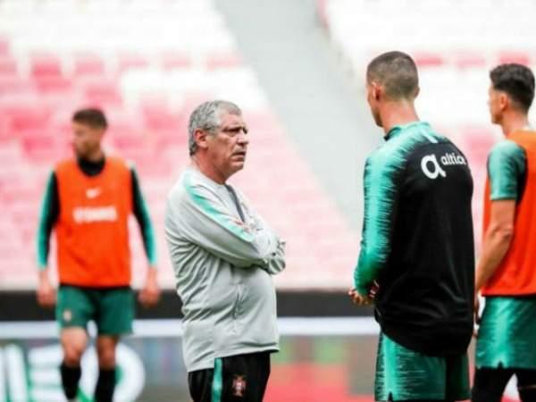 Сантуш: Роналду останется капитаном