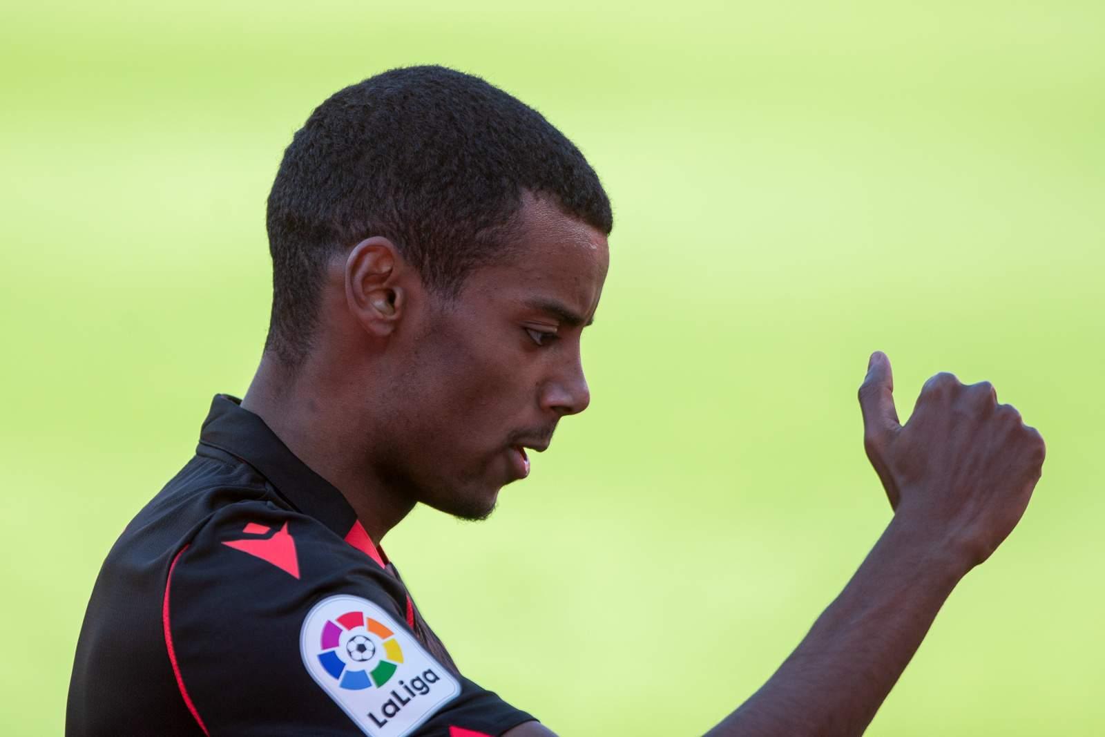 Хет-трик Исака помог «Реал Сосьедаду» разгромить «Алавес»