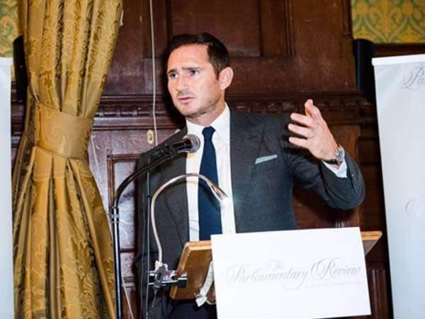 Лэмпард: «Из Джеймса может получиться хороший полузащитник»