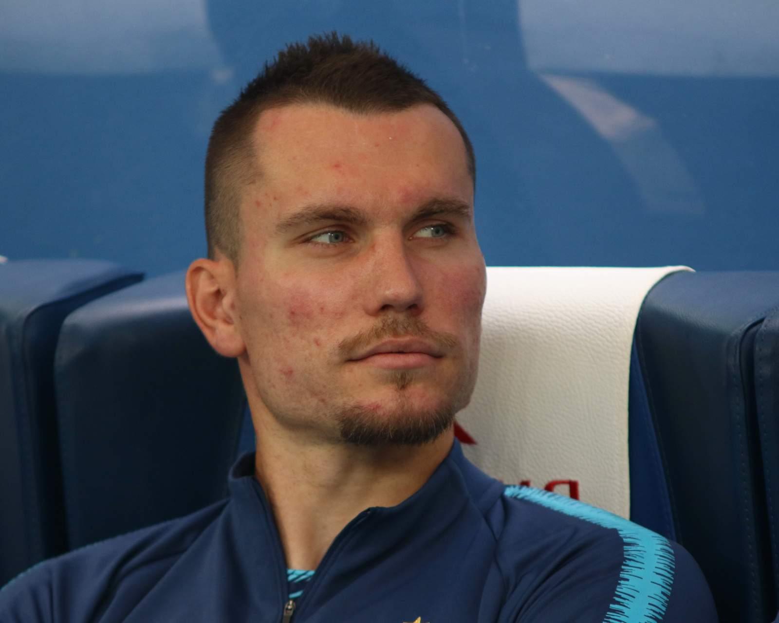 Заболотный оштрафован на 30 тысяч за удар по рекламному щиту в матче с ЦСКА