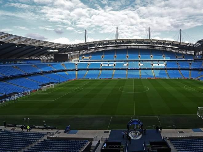«Манчестер Сити» снова в центре скандала: Клуб обвинили в создании фейковой работы для отца молодого футболиста