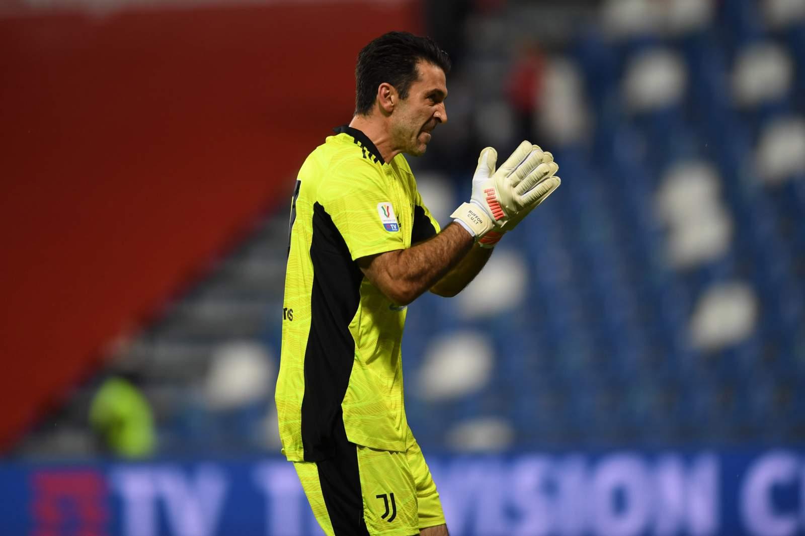 «7339 дней спустя»: Буффон сыграл первый матч за «Парму» после возвращения