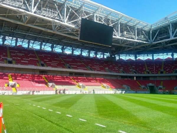 «Спартак» могли оставить без зрителей из-за матча с «Зенитом»