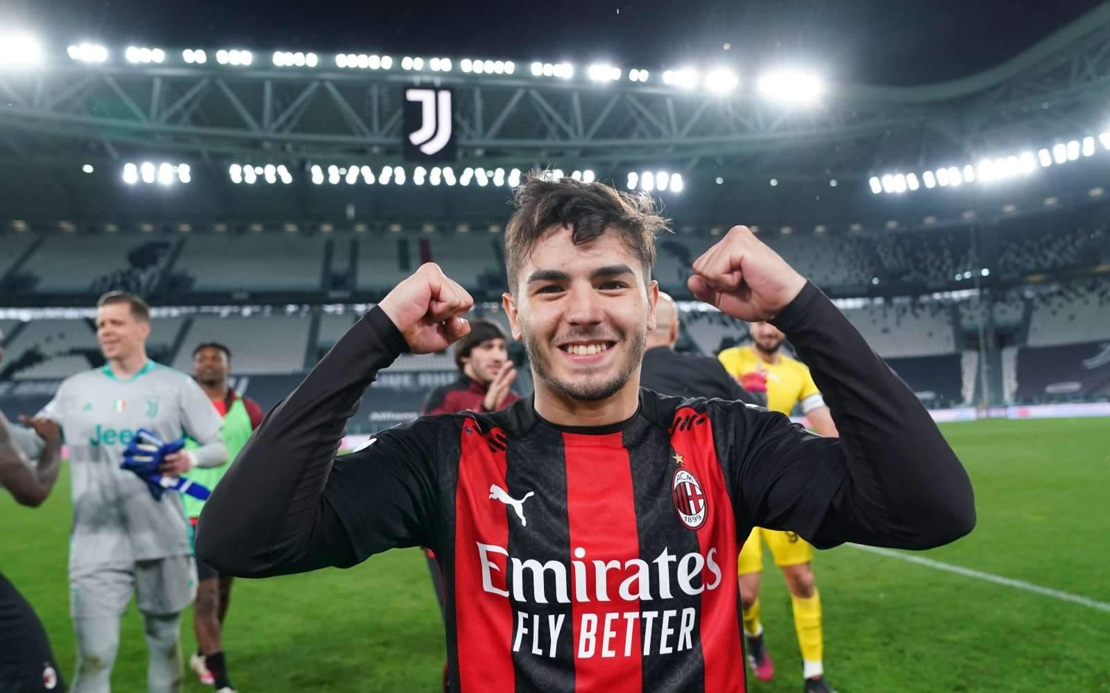 «Милан» едва не упустил победу в матче со «Специей»