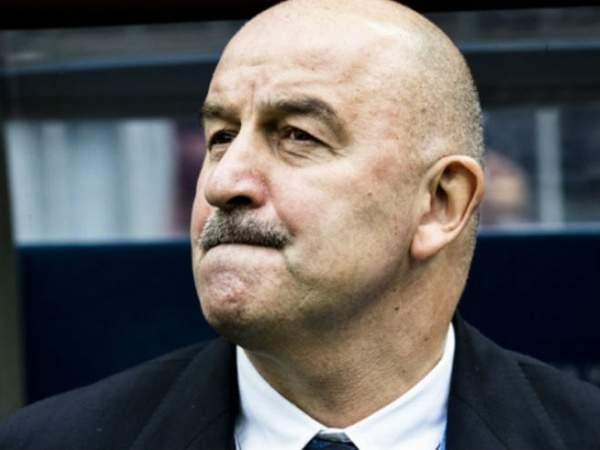 Черчесов оценил шансы Мамаева вернуться в сборную России