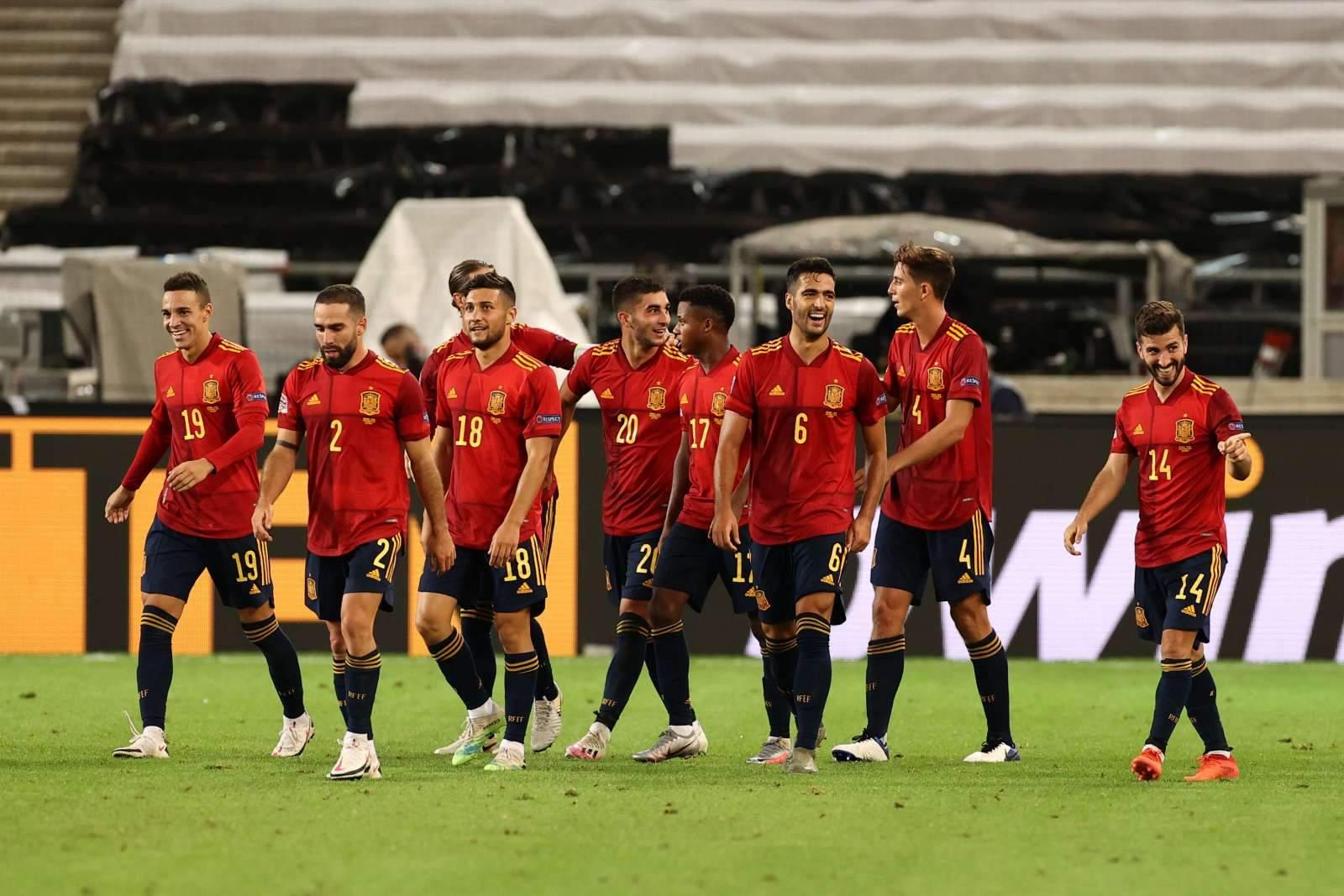 Испания уничтожила Словакию и вышла в плей-офф