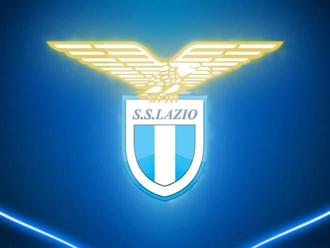 """Президент """"Лацио"""" попросил священника освятить клубную базу"""