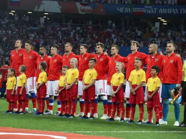 Аккаунт Евро-2020 в Санкт-Петербурге поздравил сборную России с победой на Евро-2020