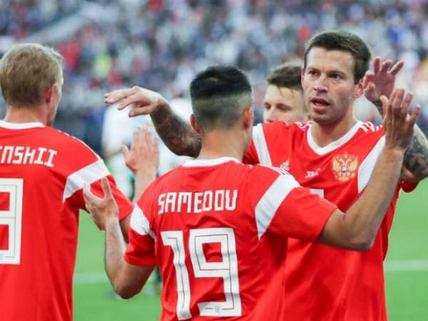 В Госдуме назвали вбросом информацию о возможном недопуске сборной России на ЧМ-2022