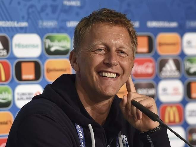 """Хадльгримссон: """"Футболистов сборной Исландии стоит похвалить, они показали менталитет бойцов"""""""