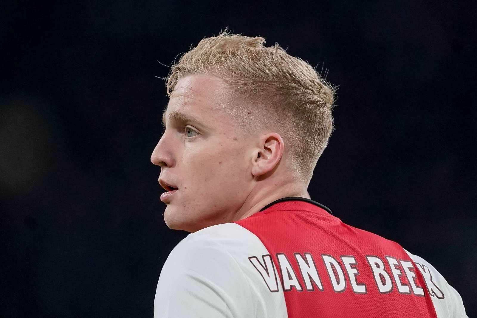 Он мог стать фермером, но стал игроком Манчестер Юнайтед - Донни ван де Бек