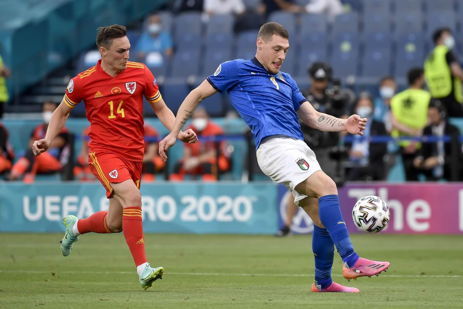 Защитник сборной Уэльса получил травму в игре с Данией