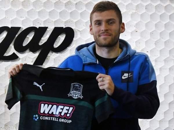Скопинцев: «Моя задача - стать лучшим футболистом на своей позиции в России»