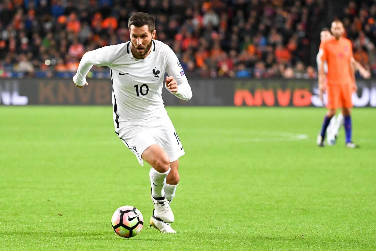 Голы Жиньяка трижды мешали сборной ЮАР обыграть Францию