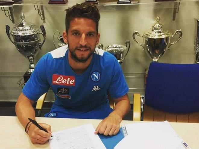 Мертенс продлит контракт с «Наполи»