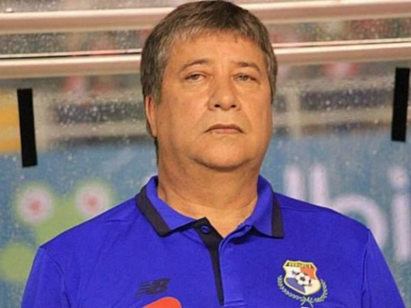 Тренер сборной Панамы ушел вотставку