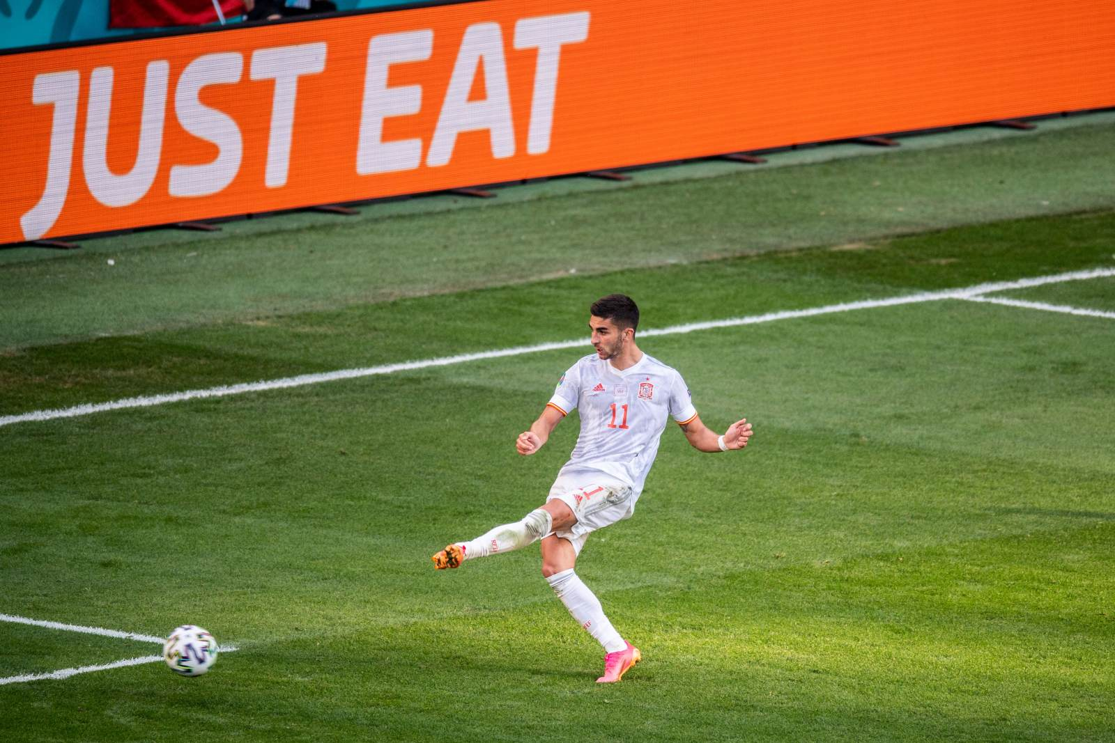 Ферран Торрес сравнялся по голам за сборную с Луисом Энрике