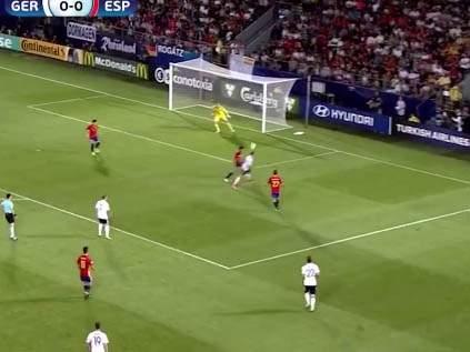 Необычный гол Германии в финале молодёжного Евро