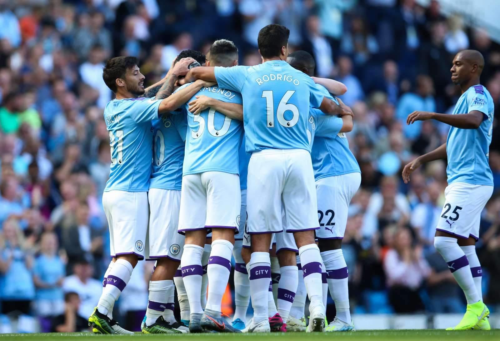 Кубковый матч «Манчестер Сити» прервал фейерверк