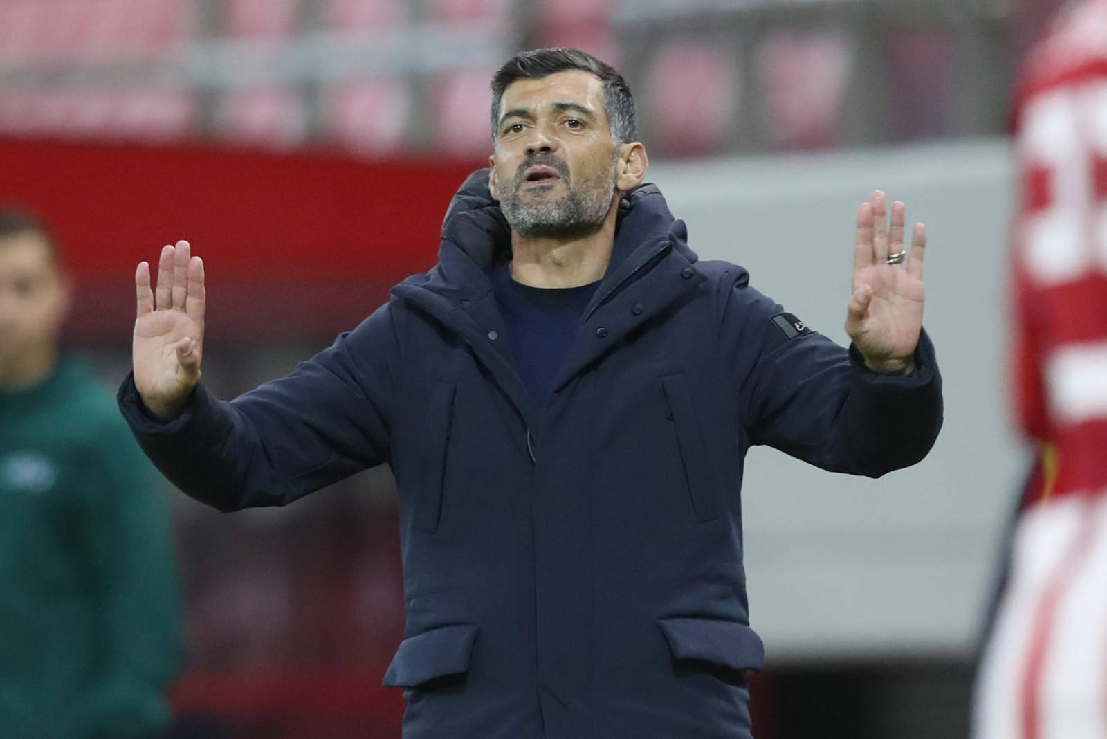 Тренера «Порту» наказали за оскорбления судьи