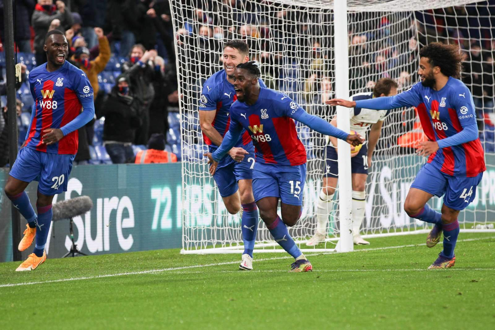 «Кристал Пэлас» без труда справился с «Шеффилд Юнайтед»