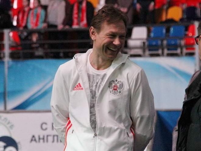«Игрочишка в шоке»: Реакция Сети на приход Карпина в сборную России