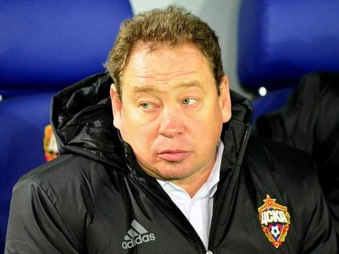"""Слуцкий предложил выставить на трансфер защитника """"Халла"""" Робертсона"""