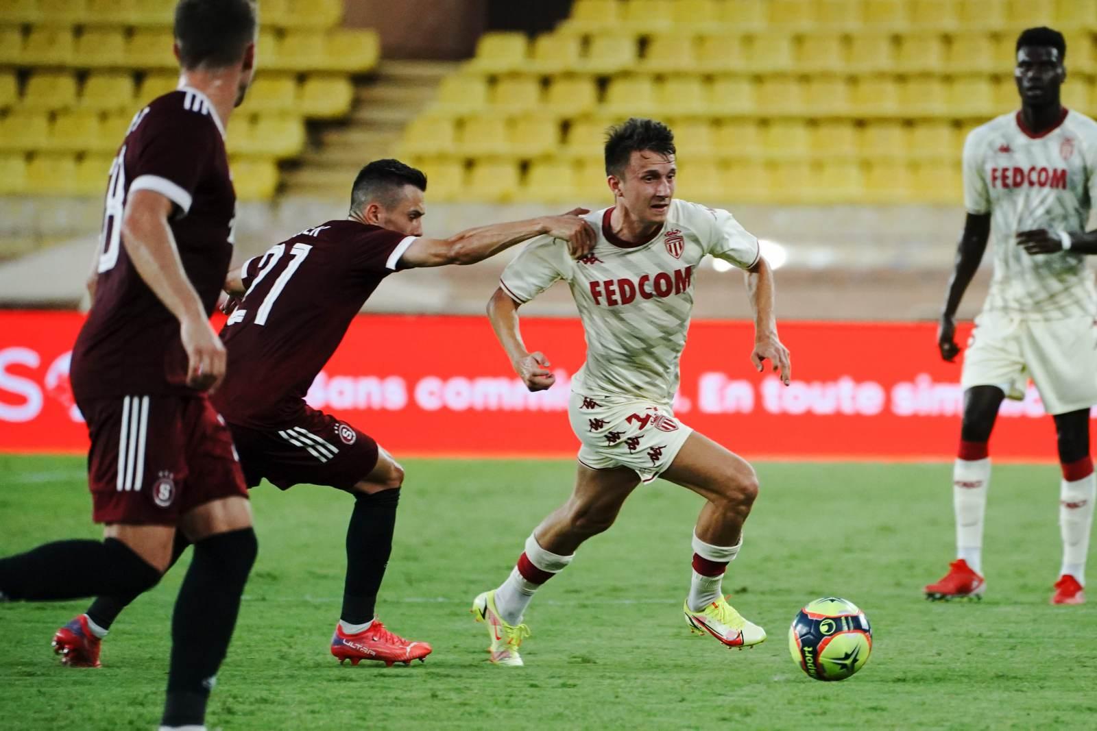 Головин помог «Монако» обыграть «Штурм», «Лестер» упустил победу над «Наполи»