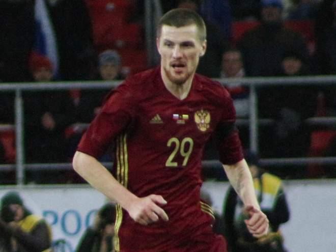 Олег Иванов: «Не нравится, как играет сборная, – не смотри. Включи канал «Пятница», программу «Орёл и решка»