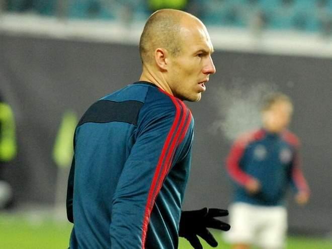 """""""Бавария"""" - о Роббене: """"Завершилась одна из величайших карьер в мире футбола"""""""