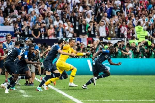 Невезучие теперь испанцы: Скользкий гол Мбаппе принёс Франции титул Лиги наций