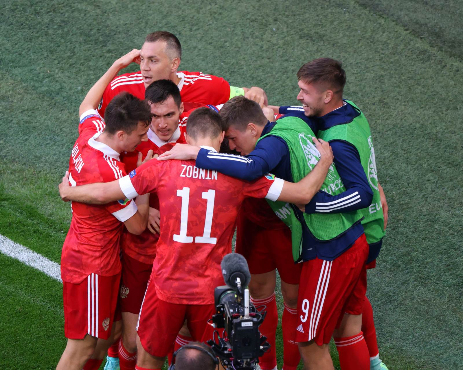 Пономарёв: «На Евро все команды показали хороший футбол, кроме сборной России. Наши во всём не дотягивают»