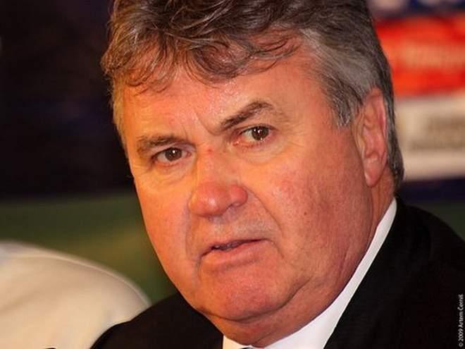 Акинфеев: «Футболисты чуть ли не плакали и просили Хиддинка остаться в сборной России»