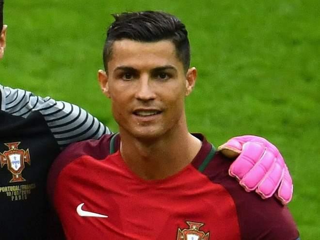 Роналду оформил дубль, Португалия разгромила Венгрию