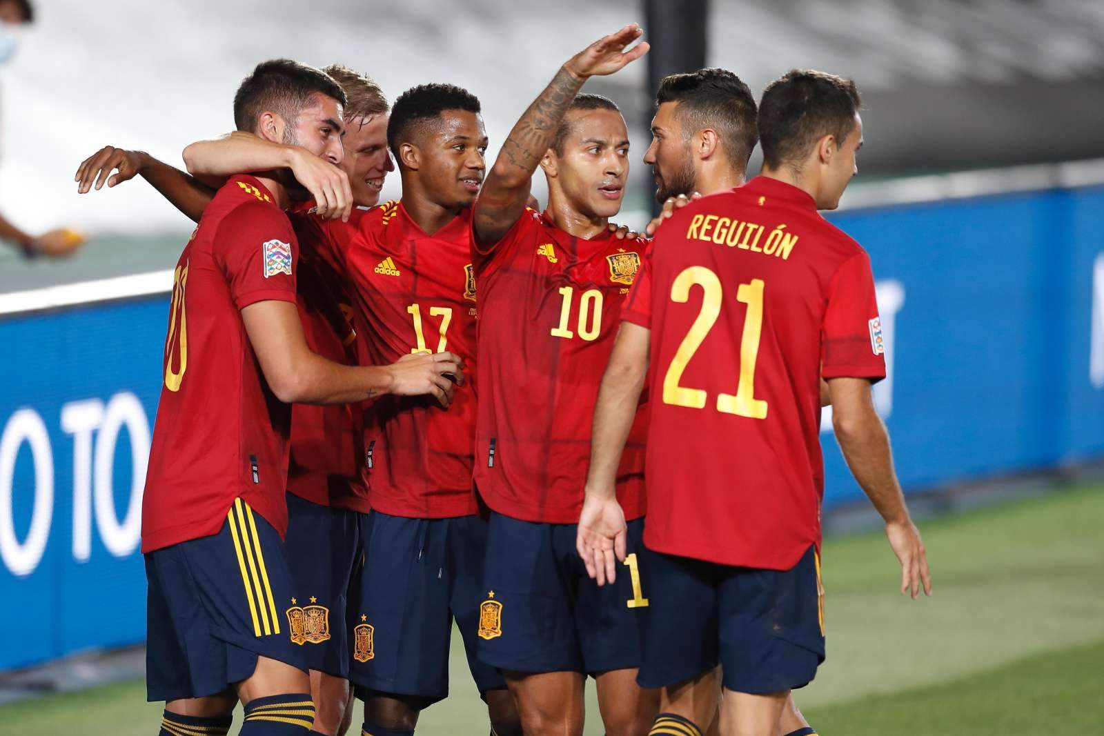 Испания - Швеция - 0:0 (закончен)