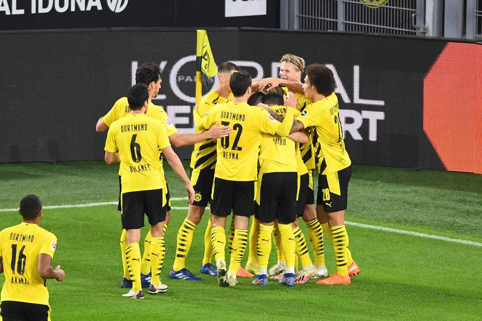 «Боруссия» Дортмунд уверенно обыграла «Вольфсбург»
