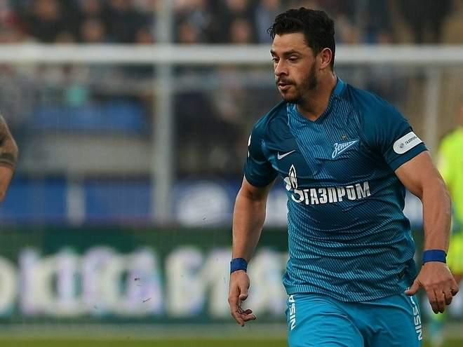 Экс-игрок «Зенита» Жулиано перешёл в «Истанбул Башакшехир»