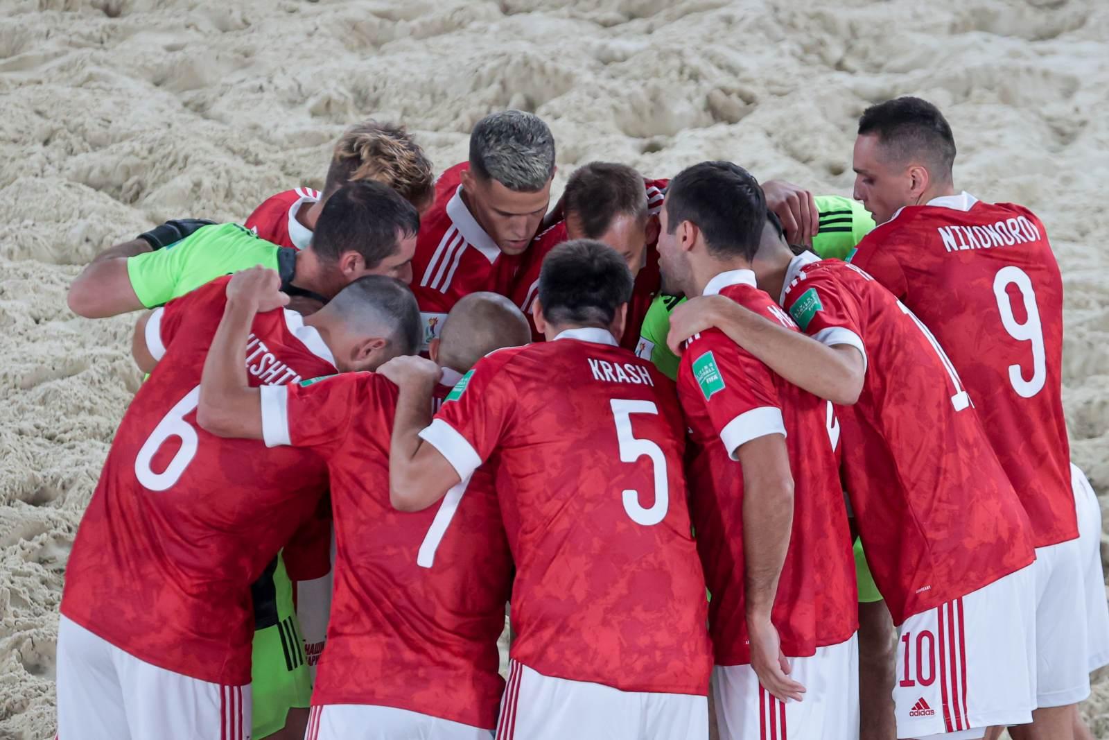 Сборная России по пляжному футболу вышла в 1/4 финала чемпионата мира