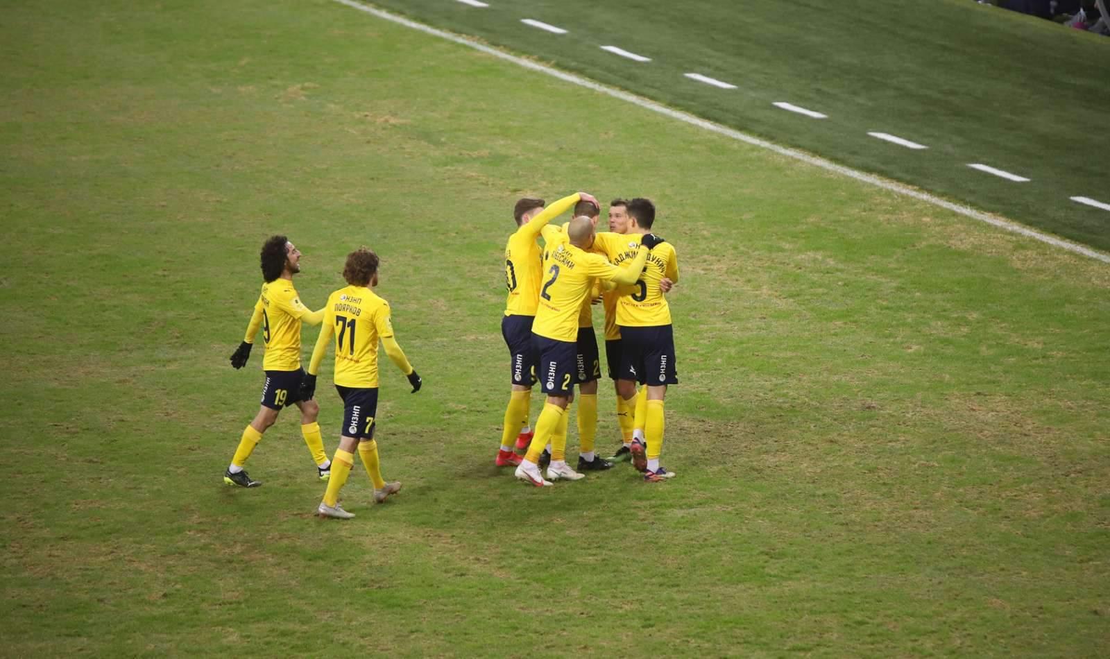 Голенков продолжит карьеру в «Ростове»