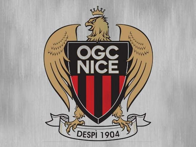 Арбитр в матче с «ПСЖ» удалил сразу двоих игроков «Ниццы»