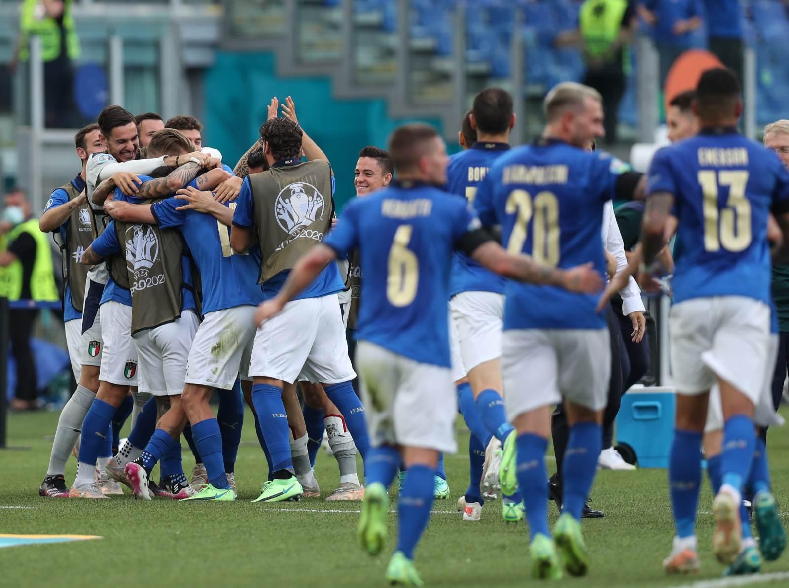 Сборная Италии дважды забила Австрии в первом дополнительном тайме