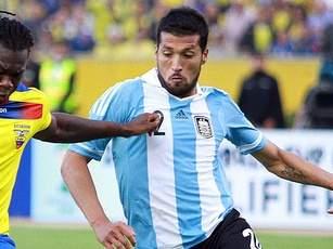 Гарай не сыграет против Парагвая